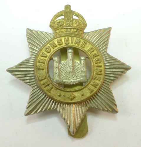 Original WW1 WW2 The Devonshire Regt Cap Badge
