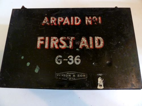 WW2 ARPAID No1 Air Raid Shelter First Aid Tin