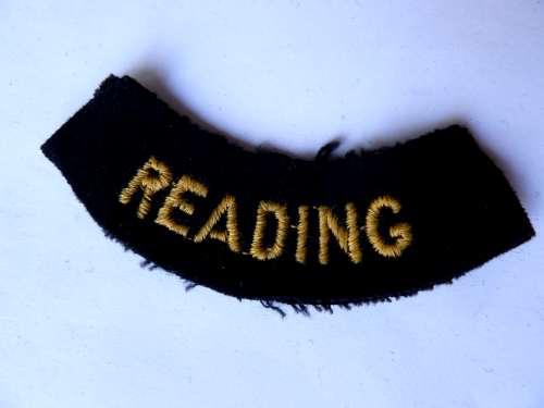 WW2 ARP & Civil Defence Breast Title For READING