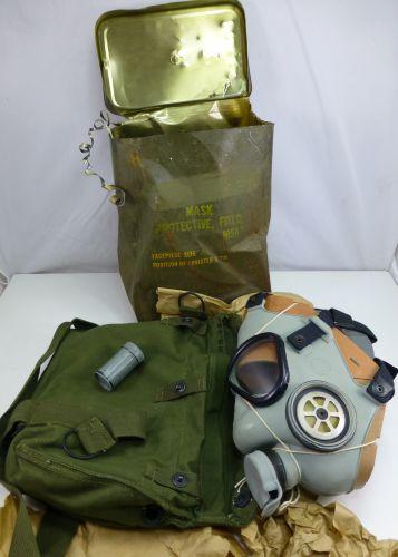 Mint Un-issued US M9A1 Respirator Korean War Vietnam etc