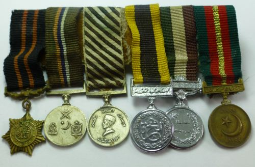 A Set Of 6 Old Pakistan Military Medal Miniatures