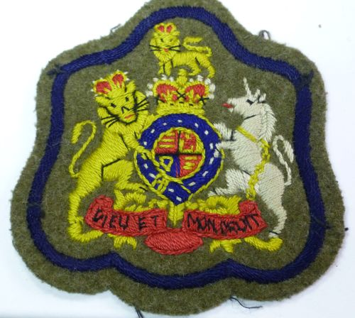 Post WW2 Regimental Sergeant Majors Cloth Badge
