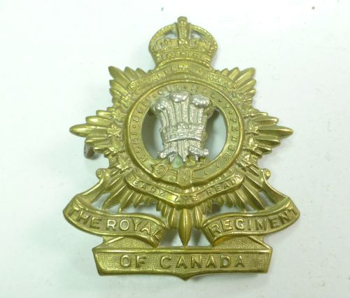 Original WW2 Royal Regiment of Canada Cap Badge