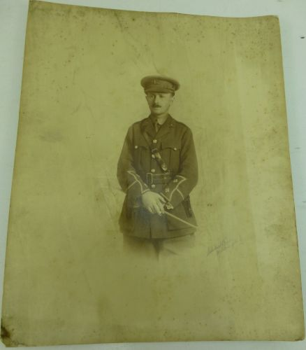 WW1 Portrait Photograph Of Lieutenant in the Essex Regiment
