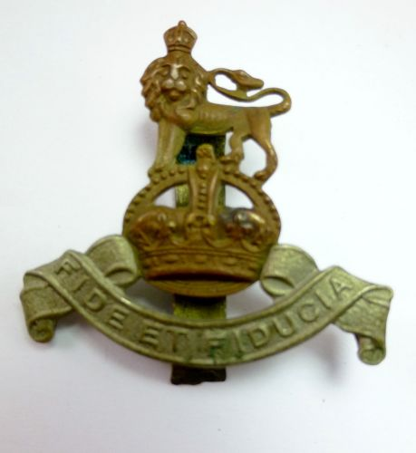 Original WW2 Royal Army Pay Corps Cap Badge