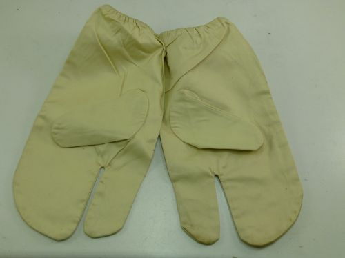 1943 British Army windproof Snow Camo Gloves