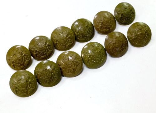12 Original WW2 General Service Plastic Buttons