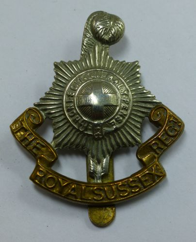 Original WW1 WW2 Royal Sussex Regiment Bi Metal Cap Badge