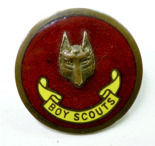 Vintage Enamelled Boy Scouts Cap Badge.