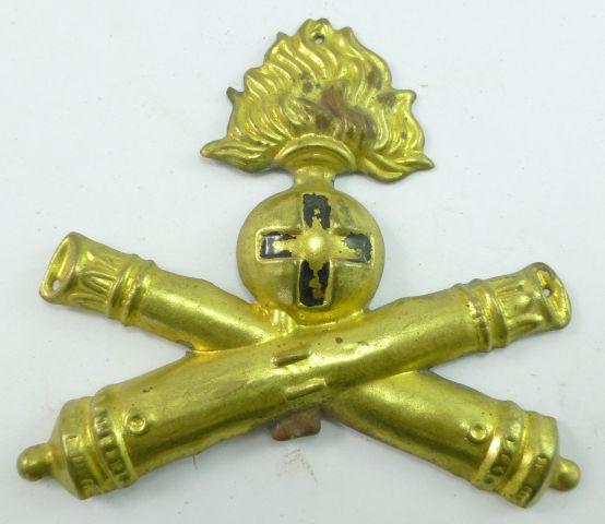 28 Original WW2 Italian Artillery Badge Brass Sew On