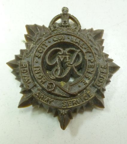 WW2 Royal Army Service Corps Bakelite Cap Badge