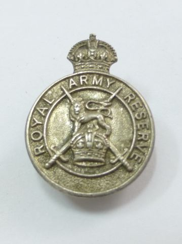 51 Hallmarked Silver Royal Army Reserve Lapel Badge