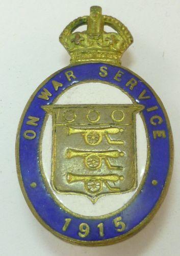 WW1 Enamelled On War Service 1915 Lapel Badge