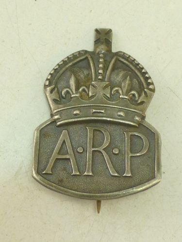 19 WW2 Woman's Issue Hallmarked Silver ARP Badge