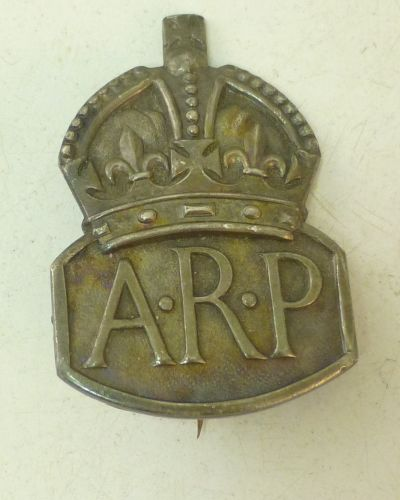 20 WW2 Pin Back Silver ARP Badge Woman's Issue