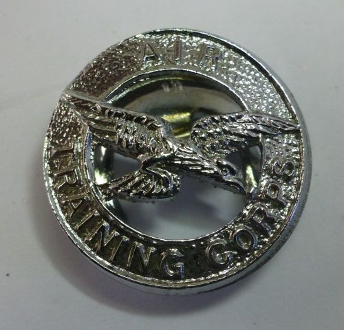 11 WW2 Air Training Corps Lapel Badge
