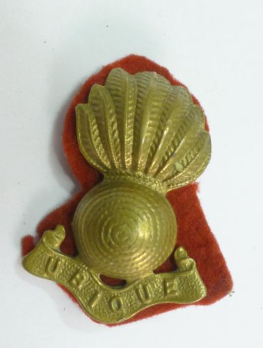 WW2 Royal Engineers Beret & FS Cap Brass Badge