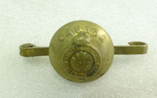 WW1 WW2 Canadian Army Button Sweetheart Brooch