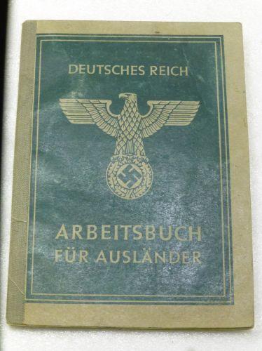 WW2 German Arbeitsbuch Fur Auslander to Ukrainian