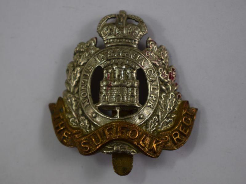 Original Ww1 WW2 The Suffolk Regiment Cap Badge