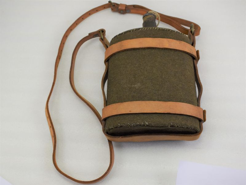 WW2 British Blanket Covered Water Bottle & Leather Cradle