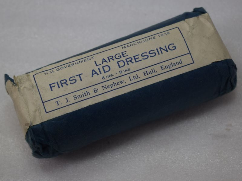 WW2 British Military & ARP Issue Large First Aid Dressing 1939