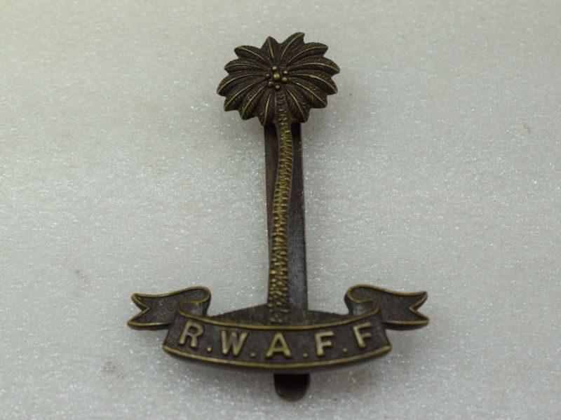 Excellent Original WW2 RWAFF Officers Bronze Hat Badge