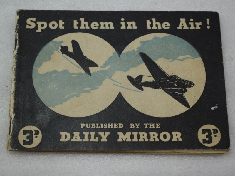 Small WW2 British Aircraft ID Pocket Book Spot Them in the Air