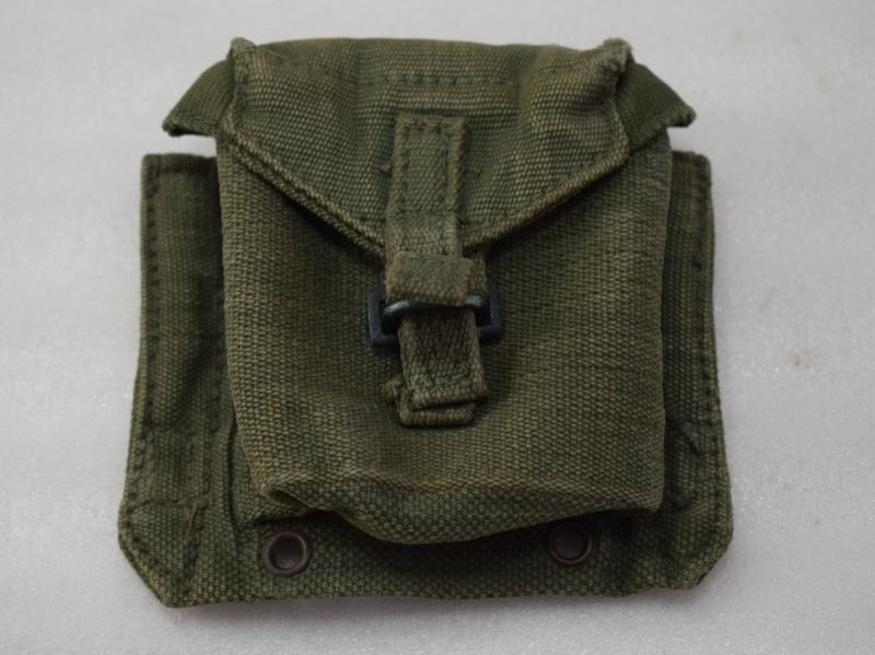 Excellent WW2 British Army 1944 Pattern Pistol Ammo Pouch MECo 1945