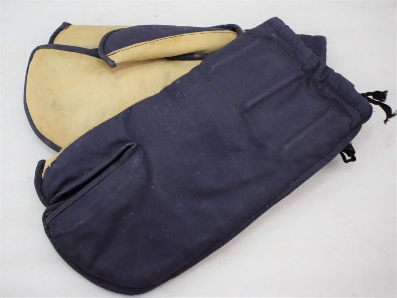 WW2? Royal Navy Issue Heavy Duty Canvas & Leather Gloves with Trigger Finger