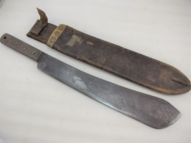 WW2 Dated British Army Issue Machete & Leather Scabbard