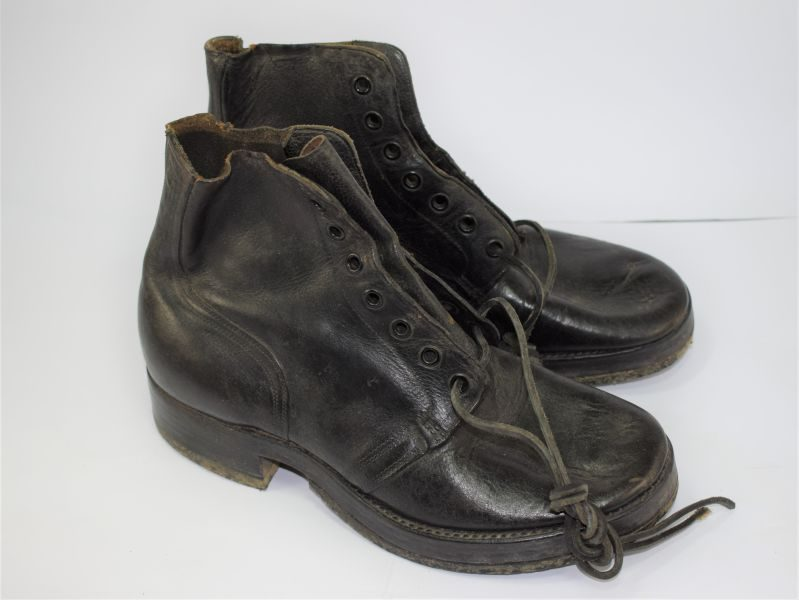 WW2 Canadian Army Issue Ammo Boots Dated 1945 With Rubber Soles