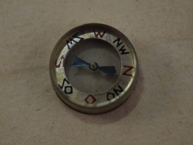 Original Early WW2 German Luftwaffe Emergency Miniature Compass