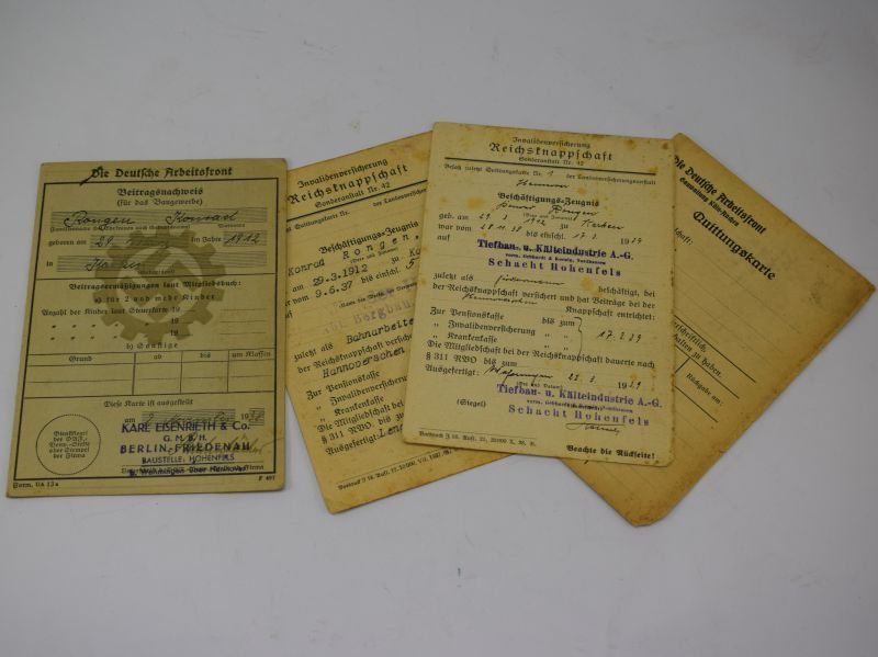 Original WW2 Nazi Workers Front Pass Book And Papers