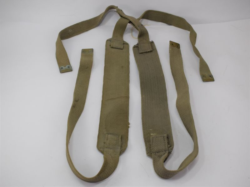 WW2 RAF Issue Webbing Shoulder Braces Male & Female in pre-dyed RAF blue