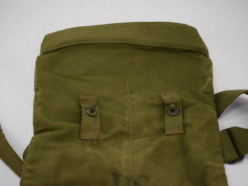 Original WW2 US Army Snout-Type Service Mask Bag For The Service Respirator