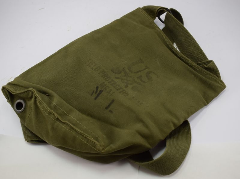 WW2 US Army Haversack Field Protective Mask M8A1