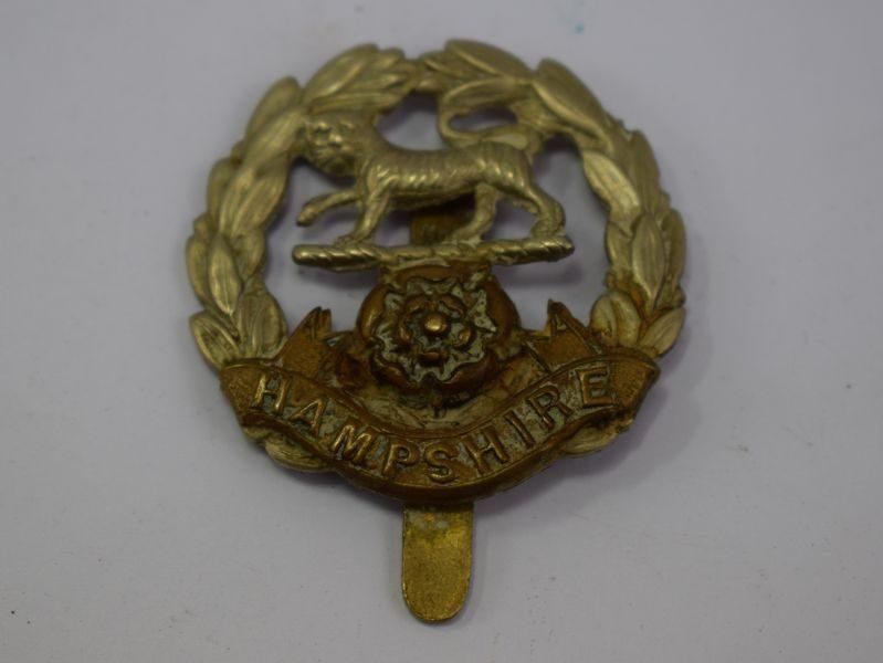 Original WW1 WW2 Cap Badge to The Hampshire Regiment