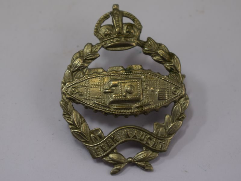 Early WW2 RTR RTC Cap Badge Close Together Rear Fixings