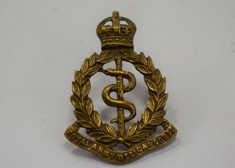 Original WW1 WW2 Royal Army Medical Corps Cap Badge