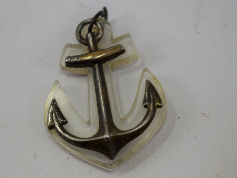WW1 WW2 Royal Navy Perspex & Metal Anchor Sweetheart necklace Pendant