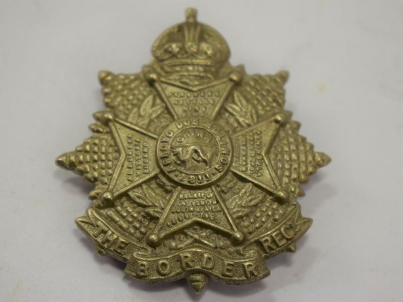 Original WW1 WW2 The Border Regiment Cap Badge