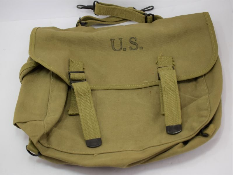Original Unissued Early WW2 US Army & Airborne Forces Musette Bag Dated 1942