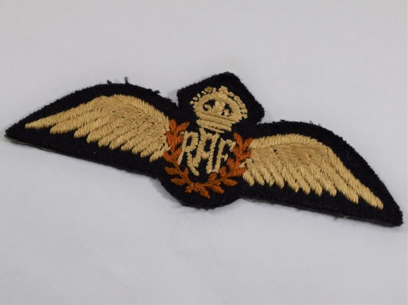11 Excellent Original WW2 RAF Pilots Wings