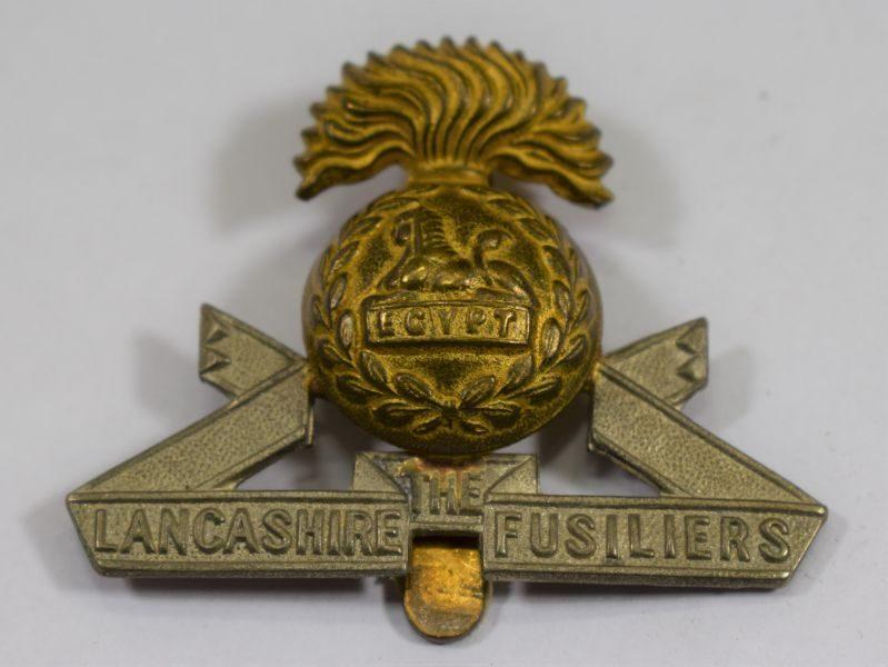 Original WW1 WW2 The Lancashire Fusiliers Bi Metal Cap Badge