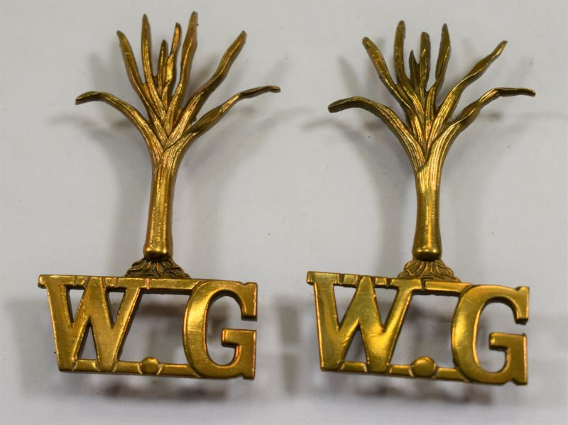 Original Pair Of WW1 WW2 Welsh Guards Large Shoulder Titles