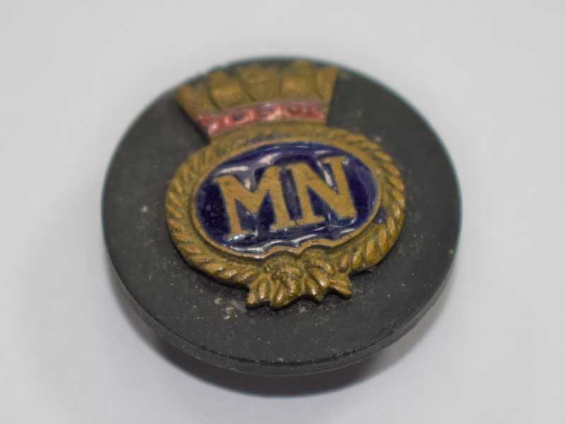 WW1 WW2 Merchant Navy Pin Badge