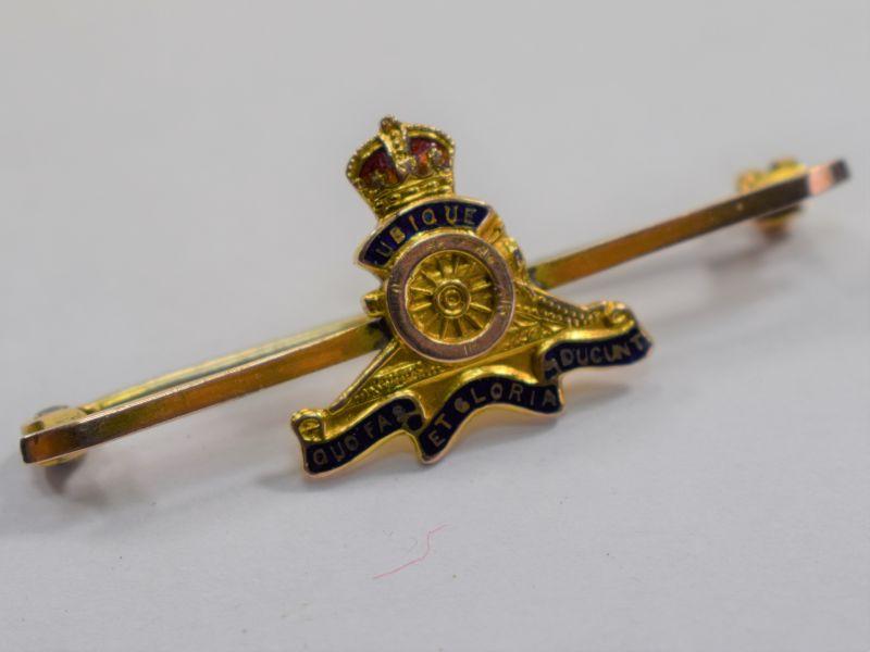 WW1 WW2 Royal Artillery Sweetheart Brooch in 9 Carat Gold (JH)