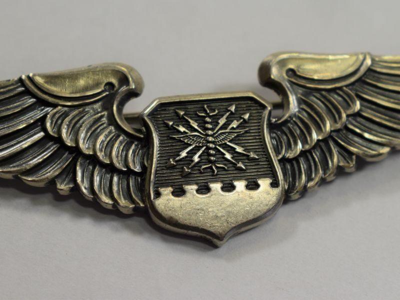 27 original ww2 us army air force pilot navigators wings. Black Bedroom Furniture Sets. Home Design Ideas