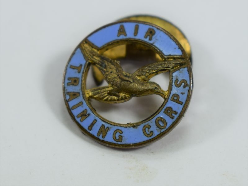 WW2 Air Training Corps Enamelled Lapel Badge